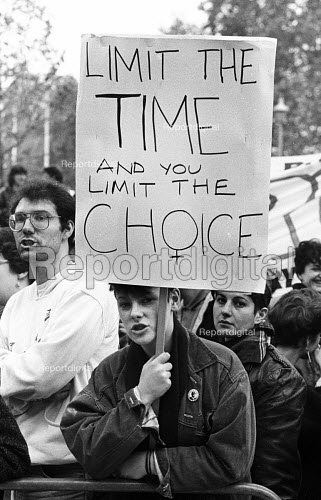 Protest against the Alton Bill on abortion, before a meeting organised by LIFE, the anti-abortion group, London, 1987. The Alton Bill, a Private Member's Bill, proposed reducing the time limit to women seeking an abortion. - Stefano Cagnoni - 1987-10-27