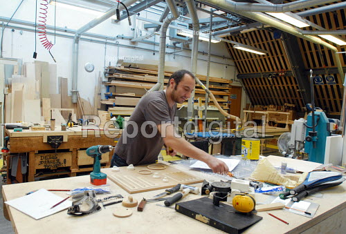 Carpenter at work in the Scenery and Props department at Covent Gardens Royal Opera House - Stefano Cagnoni - 2008-06-23