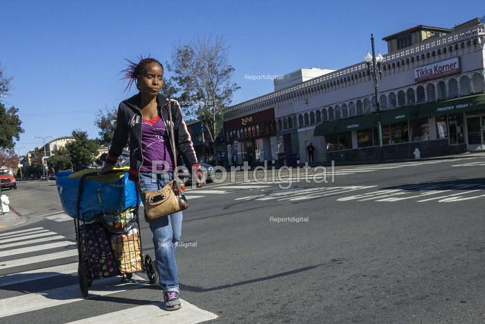 Homeless on the Street, Berkeley, California - David Bacon - 2015-11-04