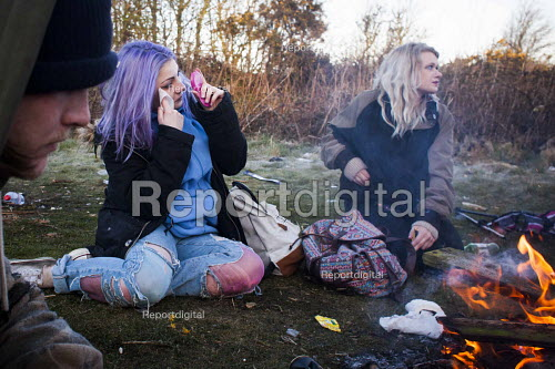 Illegal rave or free party, Huddersfield, West Yorkshire, round the campfire - Connor Matheson - 2016-04-23