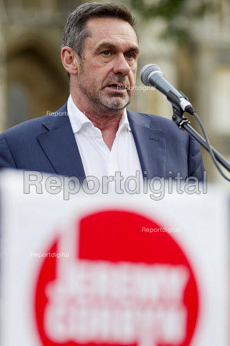 Journalist Paul Mason speaking Keep Corbyn, Build Our Movement rally against Blairite leadership challenge Parliament Square, Westminster, London - Jess Hurd - 2016-06-27