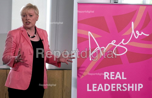 Angela Eagle Labour Party launching her leadership bid. Prominent Labour women applauding at a press conference launching her bid to become Leader of the Labour Party, London, 2016 - Stefano Cagnoni - 2016-07-11