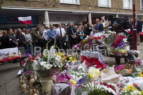 Hundreds marching silently to remember murdered Polish man Arek Jozwik, Harlow UK - Jess Hurd - 2016-09-03