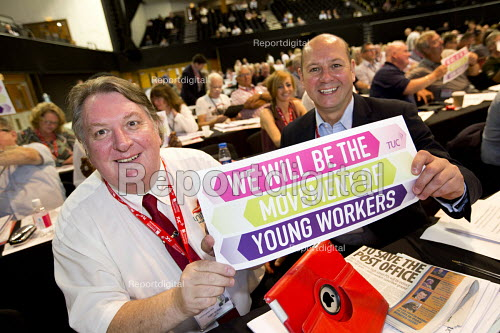 Tony Burke and Steve Turner AGS Unite supporting Young Workers, TUC conference Brighton - Jess Hurd - 2016-09-12