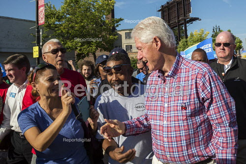 Detroit, Michigan, Bill Clinton marching in Labor Day parade campaigning for his wife Hillary - Jim West - 2016-09-05