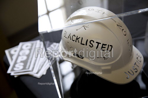 Blacklisted art helmet at Bullying and Blacklisting Conference, Greenwich University, South London - Jess Hurd - 2016-09-16