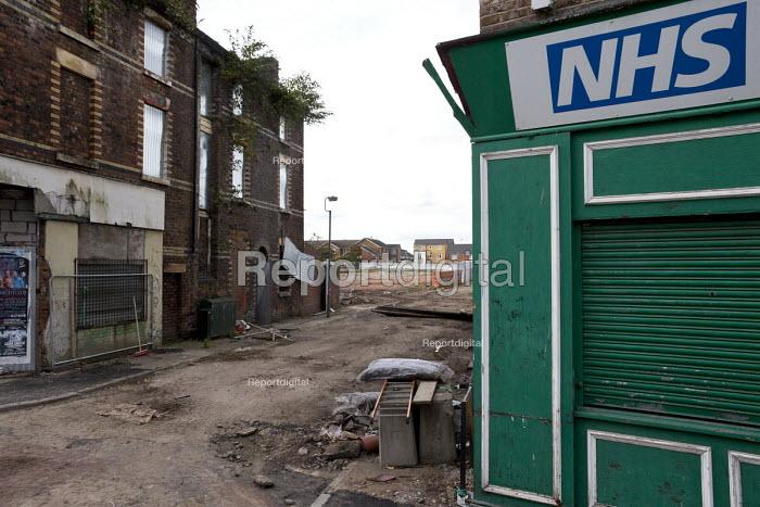 Regeneration, new housing and demolition of old shops, Edge Hill, Liverpool - John Harris - 2016-09-23