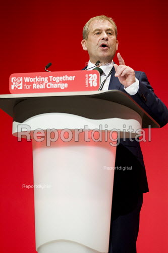 John Hannett, USDAW speaking Labour Party conference Liverpool. - Jess Hurd - 2016-09-26