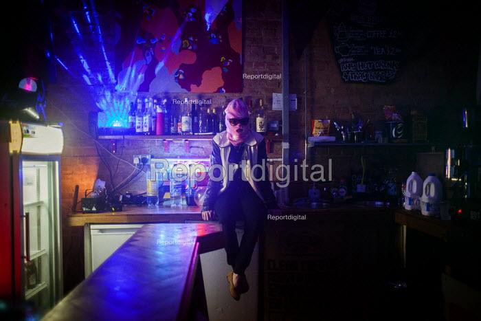 Bassline night at Golden Harvest headshop. Sheffield city center, South Yorkshire - Connor Matheson - 2016-06-03