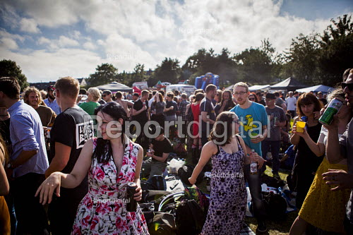Local people enjoying the annual Sharrow Festival. Sharrow, Sheffield, South Yorkshire - Connor Matheson - 2016-07-16