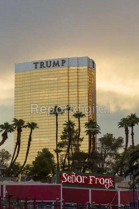 Las Vegas, Nevada, Trump International Hotel, behind Senor Frogs Mexican restaurant. - Jim West - 2016-06-28