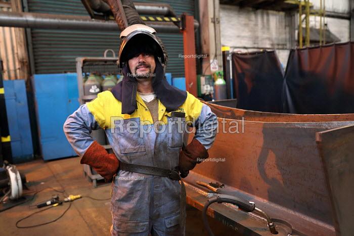 Welder, Engineering Workshop, Tata Steel Port Talbot, South Wales - Jess Hurd - 2016-09-22