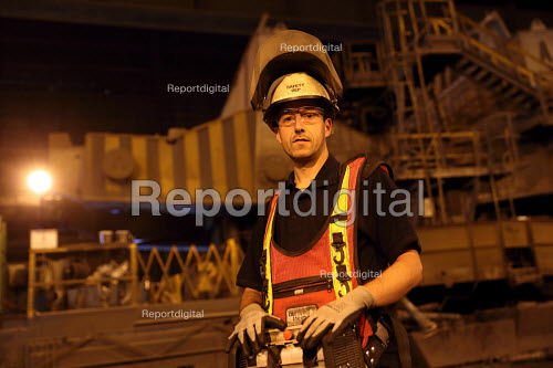 Electrician, Con Cast, Tata Steel Port Talbot, South Wales - Jess Hurd - 2016-09-22