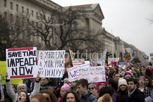USA, Women's March on Washington DC. Over a million protest against Donald Trump on his first day as President - Jess Hurd - 2017-01-21