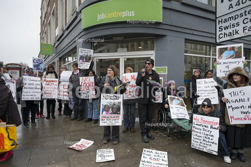 Vigil for Lawrence Bond, who died after being found fit for work and losing his disability benefits, Kentish Town Jobcentre London. - Philip Wolmuth - 2017-01-25