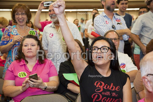 Mesa, Arizona, USA Constituents who support the Affordable Care Act argue with Republican Senator Jeff Flake at a town hall meeting. Many oppose a Mexican border wall - Jim West - 2017-04-13