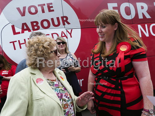 Angela Rayner MP campaigning in support of the Labour candidate Mike Hill, Hartlepool. The 2017 manifesto with the Labour Party For The Many, Not The Few campaign battle bus - Mark Pinder - 2017-05-28