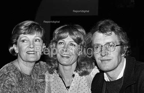 Vanessa and Corin Redgrave with their mother Rachel Kempson at a gala concert, London 1979 - NLA - 1979-01-28