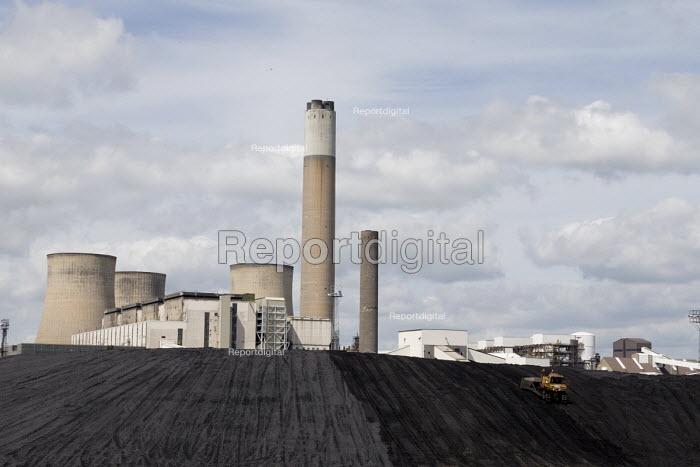 Ratcliffe-on-Soar coal fired Power Station, Nottinghamshire - John Harris - 2017-06-03