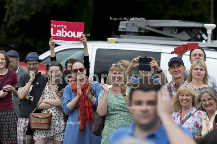 Jeremy Corbyn Labour Party general election rally, Beeston, Nottingham - John Harris - 2017-06-03