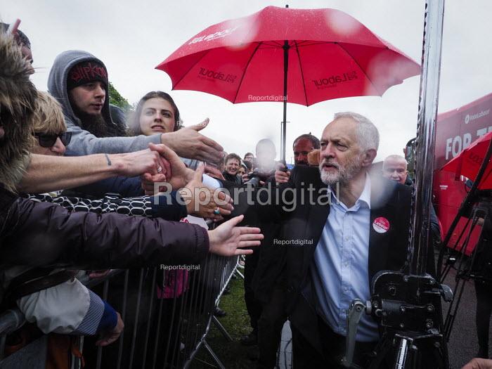 Jeremy Corbyn Labour Party general Election campaign, Hemlington near Middlesbrough - Mark Pinder - 2017-06-05