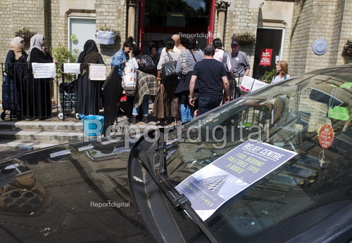 Grenfell Tower Fire. Local residents bring donations to Notting Hill Methodist Church one of the Relief Centres set up just a few hundred metres from Grenfell Tower to help victims of the disaster many of whom lost everything they own from their homes in the fire that engulfed the tower block overnight - Stefano Cagnoni - 2017-06-14