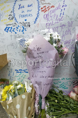 Message on a bouquet from firefighters who fought the Grenfell Tower fire Weve never worked harder, we gave everything, sorry it wasnt enough. R.I.P Love Red Watch Firefighters x. Wall of condolence a few hundred metres from Grenfell Tower fire filled with messages of love and solidarity in memory of the victims of the tragedy, London - Stefano Cagnoni - 2017-06-16
