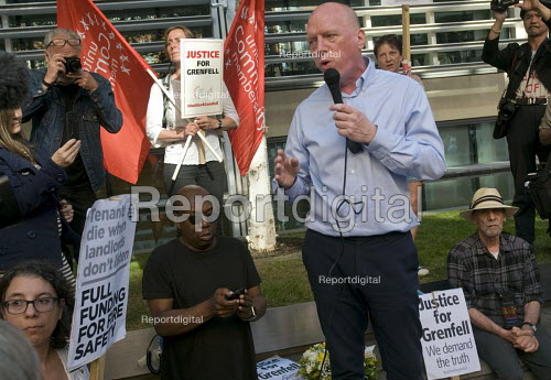 Grenfell Tower Fire. Matt Wrack Gen Sec FBU speaking at a Justice For Grenfell rally outside the Department for Communities and Local Government, Westminster in protest at the injustice of lives lost in the tragedy, London - Stefano Cagnoni - 2017-06-16