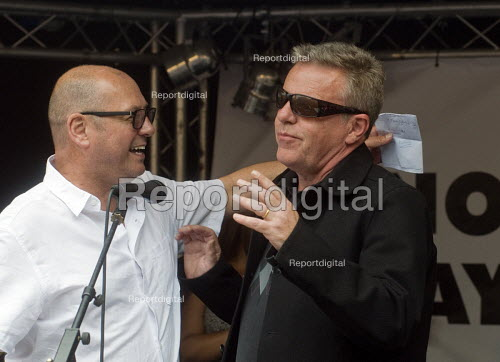 Steve Turner UNITE with Suggs singer with Madness, Not One Day More protest demanding the Tory Government go and an end to austerity policies - Stefano Cagnoni - 2017-07-01