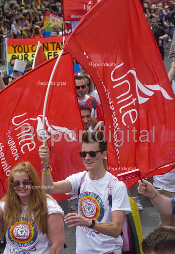 Pride 2017. UNITE members of BA Cabin Crew on Gay Pride celebration and march London - Stefano Cagnoni - 2017-07-08