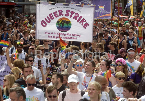 Pride 2017. Gay Pride celebration and march London. Queer Strike - Stefano Cagnoni - 2017-07-08