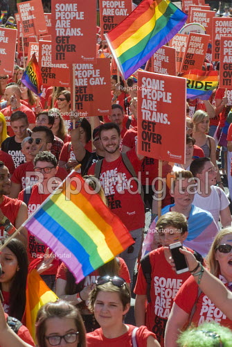 Pride 2017. Gay Pride celebration and march London - Stefano Cagnoni - 2017-07-08