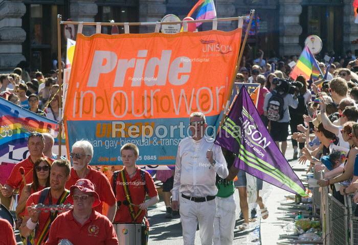 Pride 2017. UNISON trade union members at Gay Pride celebration and march London - Stefano Cagnoni - 2017-07-08