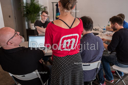 Momentum Hackathon. Facilitator at collaborative election software development workshop, Shoreditch, London - Philip Wolmuth - 2017-07-15