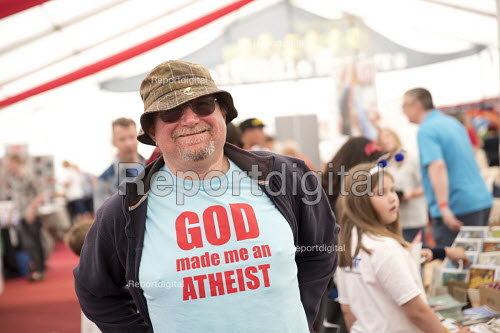 God Made Me An Atheist t-shirt, Tolpuddle Martyrs Festival, Dorset - Jess Hurd - 2017-07-16