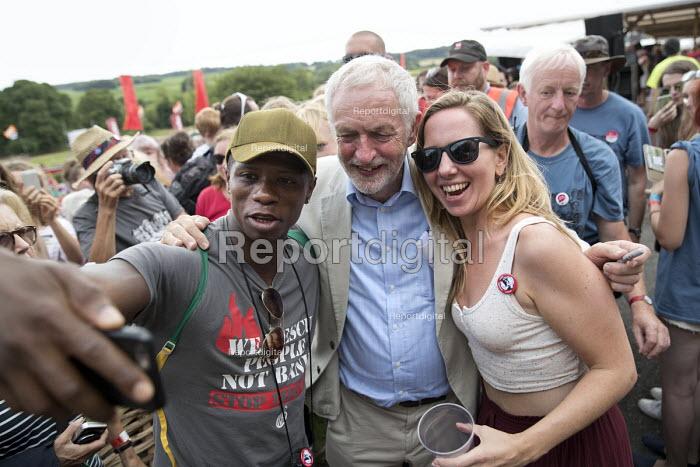 Selfie with Jeremy Corbyn, Tolpuddle Martyrs Festival, Dorset. - Jess Hurd - 2017-07-16