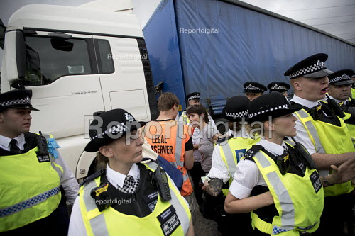 Stop DSEi arms fair protest prevents military vehicle entering ExCel centre London Stop Arming Israel. Defence Security and Equipment International exhibition. - Jess Hurd - 2017-09-04
