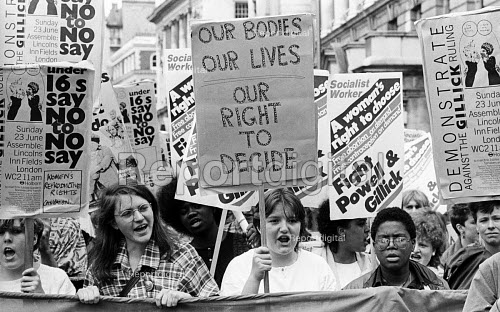 Protest against The Gillick Ruling 1985, a legal campaign by Victoria Gillick to stop GPs giving contraceptive advice and treatment to under 16 year olds without prior parental consent - Stefano Cagnoni - 1985-06-23