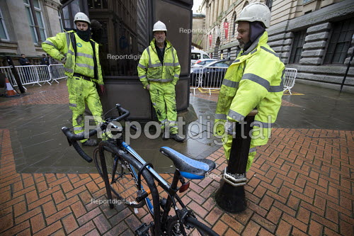 Worried Briggs Amasco subcontractors. Carillion liquidation has put thousands of jobs at risk. Work has stopped on the 700 million Paradise redevelopment in Birmingham city centre - John Harris - 2018-01-15