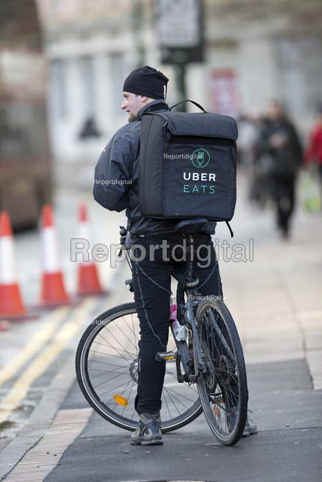 Ubereats delivery worker, Birmingham - John Harris - 2018-01-15