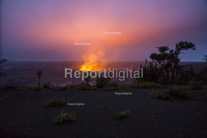 Report digital - Kilauea volcano, Big Island, Hawaii Volcanoes