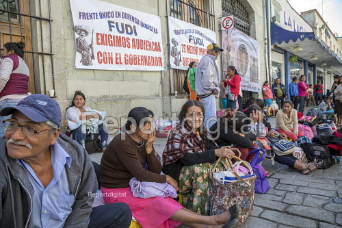 Oaxaca, Mexico Mixe ethnic sit in on the street outside the Oaxaca state government palace, demanding a meeting with the governor about housing and other projects to benefit their region - Jim West - 2018-02-20