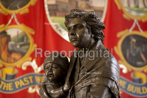 Replica of a memorial to the Oaks Colliery disaster in Barnsley which claimed 383 lives, including 89 boys by sculptor Graham Ibbeson, Barnsley NUM headquarters - John Harris - 2018-03-13