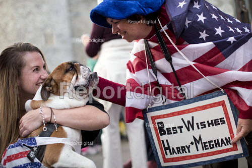 Royalists sleeping rough for a prime position, wedding of Prince Harry and Meghan Markle, Windsor - Jess Hurd - 2018-05-18