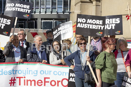 Labour Councillors Against the Cuts, Protest against Austerity cuts ahead of the Conservative Party Conference, Birmingham - John Harris - 2018-09-29