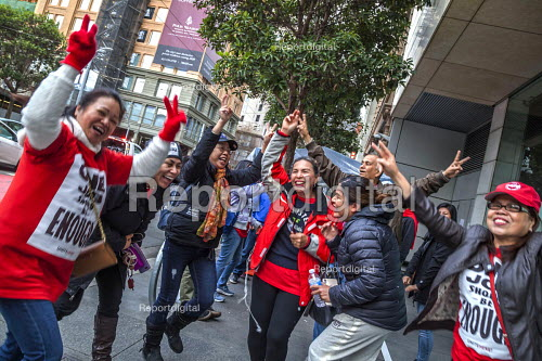 San Francisco, USA Striking Marriott Hotel workers celebrating the successful end of their strike. After 61 days the Unite Here! union got agreement to a new contract. Low wages had required many workers to work another job as well as their job at the hotel - David Bacon - 2018-12-03