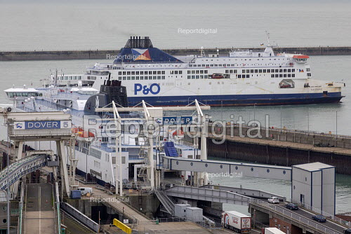 Port of Dover, New Years Day, Kent - Jess Hurd - 2019-01-01