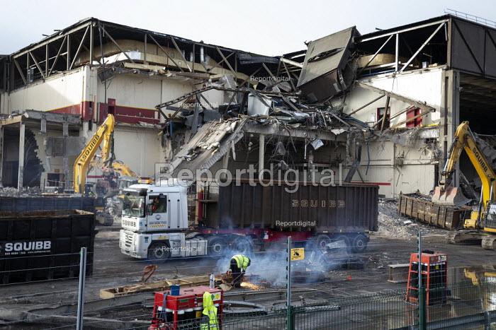Imperial Tobacco building demolition, the Horizon Factory, Nottingham - John Harris - 2019-01-18