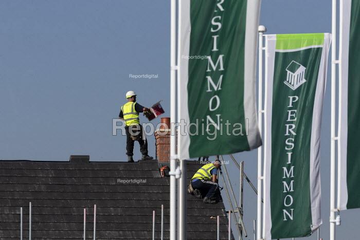 Persimmon housebuilding, Wellesbourne, Warwickshire. Persimmon enjoyed a 31% operating profit margin subsidised by the help-to-buy scheme - John Harris - 2019-02-27
