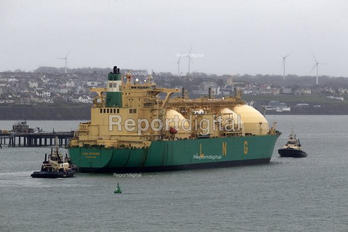 LNG Rivers tanker entering Milford Haven, Pembrokeshire, Wales - John Harris - 2019-03-18